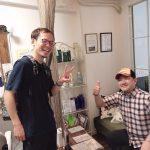 鉄板ベイビー渋谷店の店長の小梶さんと新宿店の店長の尚さん